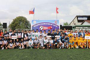 Sôi nổi vòng chung kết Giải bóng đá cộng đồng 2018 tại CH Séc