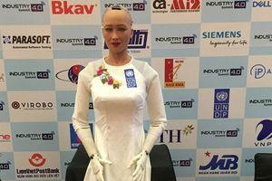 Thông điệp đến từ 'cô nàng robot' Sophia