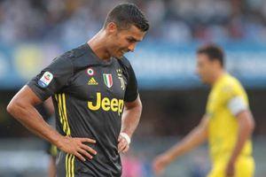 Ronaldo không tới lễ trao giải của UEFA vì biết trước mình thua cuộc