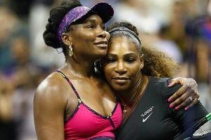 Serena thắng dễ cô chị Venus tại vòng 3 Mỹ mở rộng