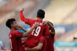 Olympic Việt Nam tranh HCĐ: 'Hãy cứ ước mơ đi'