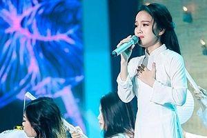 Quán quân 'Người hát tình ca' Sèn Hoàng Mỹ Lam: 'Tôi bị áp lực nhỡ đâu mình rớt sớm'