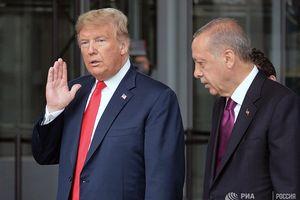 Tổng thống Trump tuyên bố 'thất vọng' với ông Erdogan