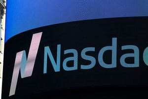 Nasdaq khép lại tháng 8 tăng điểm mạnh nhất trong 18 năm