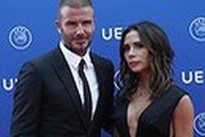Vợ chồng Victoria Beckham đẹp đôi tại sự kiện