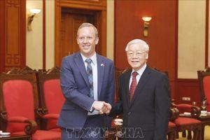 Tổng Bí thư Nguyễn Phú Trọng tiếp tân Đại sứ Vương quốc Anh