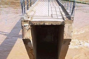 Nghệ An: Thủy điện tăng lượng xả lũ, cầu Chôm Lôm bị đứt gãy