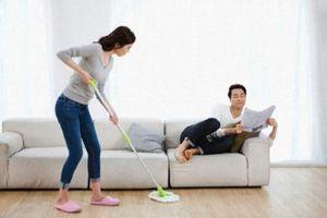 Nguyên nhân tại sao đàn bà không nên ở nhà làm osin cho chồng đi kiếm tiền?