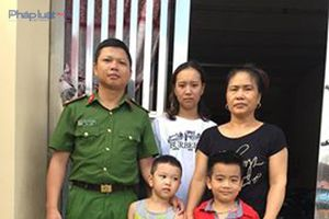 Thanh Hóa: Trung úy Công an cứu sống cháu nhỏ chìm trong lũ dữ