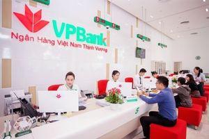 Ông Nguyễn Đức Vinh đăng ký mua 15,55 triệu cổ phiếu VPBank
