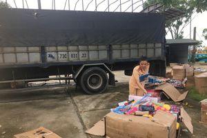 Thanh Hóa: CSGT bắt xe chở đồ chơi nhập lậu