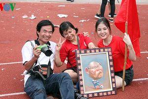 Người dân Hải Phòng động viên Olympic Việt Nam sau khi lỡ hẹn HCĐ ASIAD