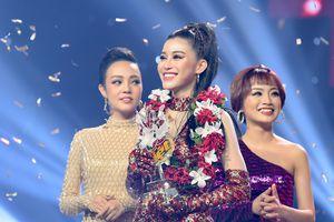 'Cô gái triệu view' đội Noo Phước Thịnh đăng quang The Voice 2018