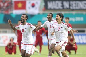 HLV trưởng UAE giải thích cách chơi xấu xí trước Olympic Việt Nam