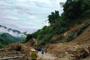 Mới tiếp cận được một phần huyện Mường Lát sau gần một tuần bị lũ cô lập