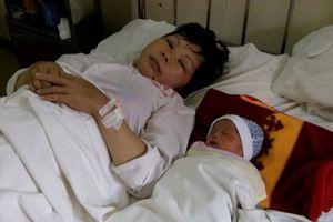 Nữ hộ sinh hiến máu cứu sản phụ qua cơn nguy kịch