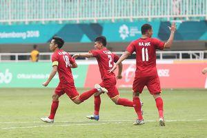 Người hâm mộ Việt Nam ở sân Pakansari: Chúng tôi hài lòng!