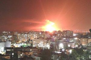 Căn cứ không quân Syria bị chập điện, không phải do Israel không kích?