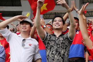 Danh ca Ngọc Sơn: 'Olympic Việt Nam tặng cho người hâm mộ món quà vô giá!'