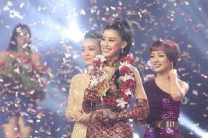 Học trò Noo Phước Thịnh đăng quang Quán quân 'Giọng hát Việt 2018'