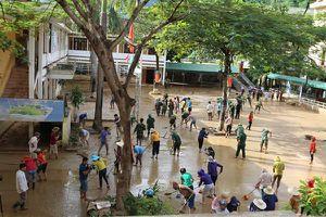Nghệ An: Chung tay đưa trẻ em vùng lũ kịp ngày tựu trường