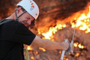 Hãi hùng lời kể của người đầu tiên thâm nhập 'cổng địa ngục' cháy suốt 50 năm