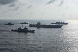 Mỹ - Nhật Bản tập trận ở biển Đông