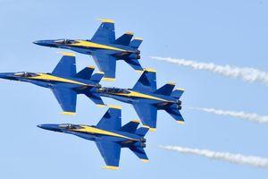 Phi đội Blue Angels trình diễn tiễn biệt cố thượng nghị sĩ John McCain