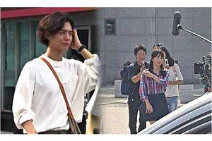 Park Bo Gum cực điển trai, Song Hye Kyo nối tóc dài, gây 'sốt' trên phim trường 'Boyfriend'