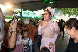 Nữ diễn viên 'Gạo nếp, gạo tẻ' xuất hiện tại sự kiện 'Dấu ấn Việt Nam 2018'