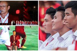 Khoảnh khắc hot nhất của cầu thủ Olympic tại lễ vinh danh đoàn thể thao Việt Nam