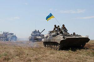 Sau khi thủ lĩnh phe ly khai bị ám sát, Kiev chuẩn bị tổng lực tấn công Donbass?