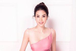 Hoa hậu Phạm Hương tuyên bố ngừng showbiz sang Mỹ chữa bệnh