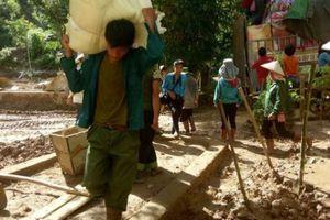Sơn La: Ngập trong bùn lũ, trường khai giảng nhờ nhà văn hóa bản