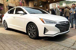 Cận cảnh sedan Hyundai Elantra 2019 vừa ra mắt