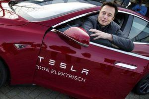 8 sản phẩm Tesla bán ngoài ô tô điện