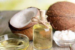 'Thần thánh' hóa dầu dừa để thanh lọc cơ thể nguy hiểm như thế nào?