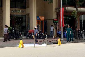 TP.HCM: Du khách ngoại quốc rơi từ tầng 6 khách sạn tử vong