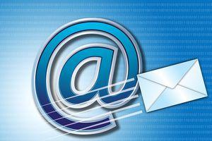 Trả lời mail trên đường đi làm có được tính là làm thêm giờ?