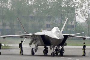 Chạy đua thời gian, Trung Quốc 'rượt đuổi' thế lực phi cơ tàng hình Mỹ