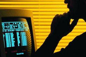 Bắt 21 người nước ngoài lừa đảo xuyên biên giới bằng công nghệ cao