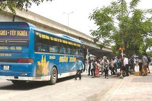 Yêu cầu xử lý nghiêm xe khách vi phạm trên đường Nguyễn Xiển