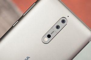 Nokia 9 lộ diện, fan choáng váng với camera 6 ống kính