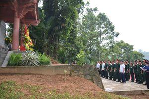 Tổng cục Chính trị QĐND Việt Nam trao tặng công trình Trường Mầm non xã Định Biên