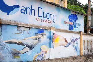 Cung đường bích họa độc đáo giữa làng chài Cảnh Dương