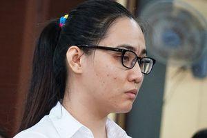 'Kiều nữ' ma túy ở Sài Gòn giả ngờ nghệch khi hầu tòa