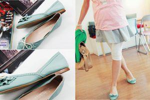 Chuyên gia gợi ý 4 kiểu giày dép mẹ bầu nên đi để không bị phù chân