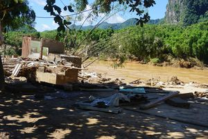 Chủ tịch UBND tỉnh Nguyễn Đình Xứng kiểm tra, chỉ đạo công tác khắc phục hậu quả mưa lũ tại Quan Hóa