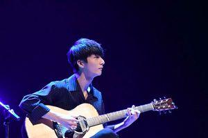 Thần đồng guitar Hàn Quốc Sungha Jung lần thứ 5 lưu diễn tại Việt Nam