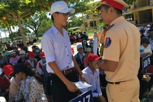 Hơn 1.000 học sinh Quảng Nam được trang bị kiến thức ATGT